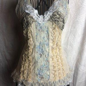 Pretty Angel lace top small